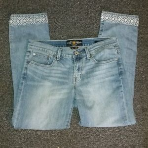 LUCKY BRAND Sweet Crop Jeans with Embroidery